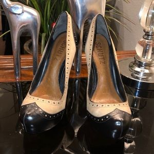 Womens SCHUTZ Shoes Tuxedo Heels Size 6B MSRP $195